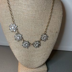 5 Flower Necklace